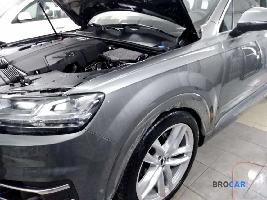 Audi - Q7,2015 2